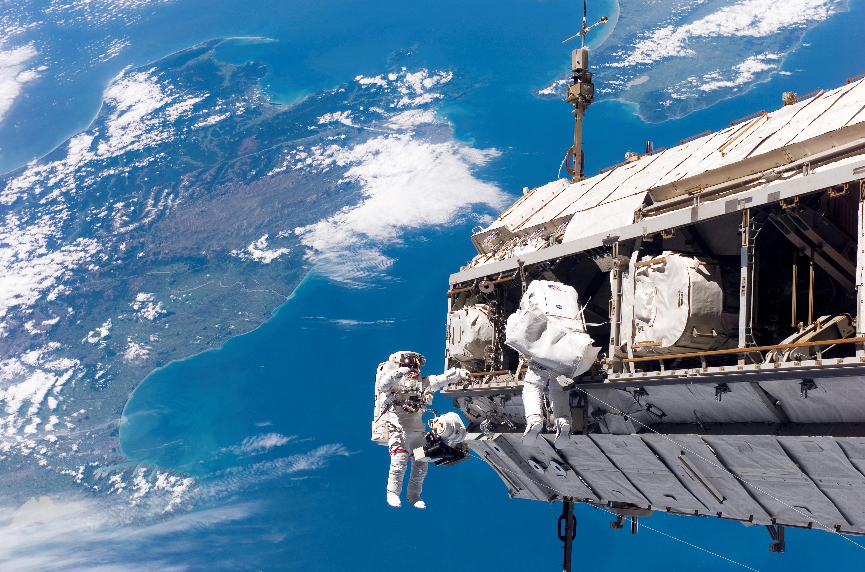 Space_astronaut_Inlea